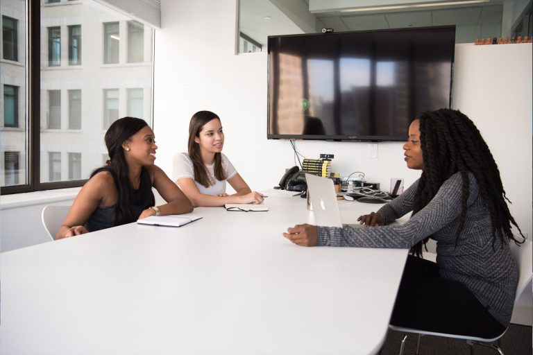The Role of HR Systems Consulting and Employee Motivation – Improving Company Culture